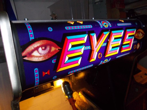 eyes_resto02